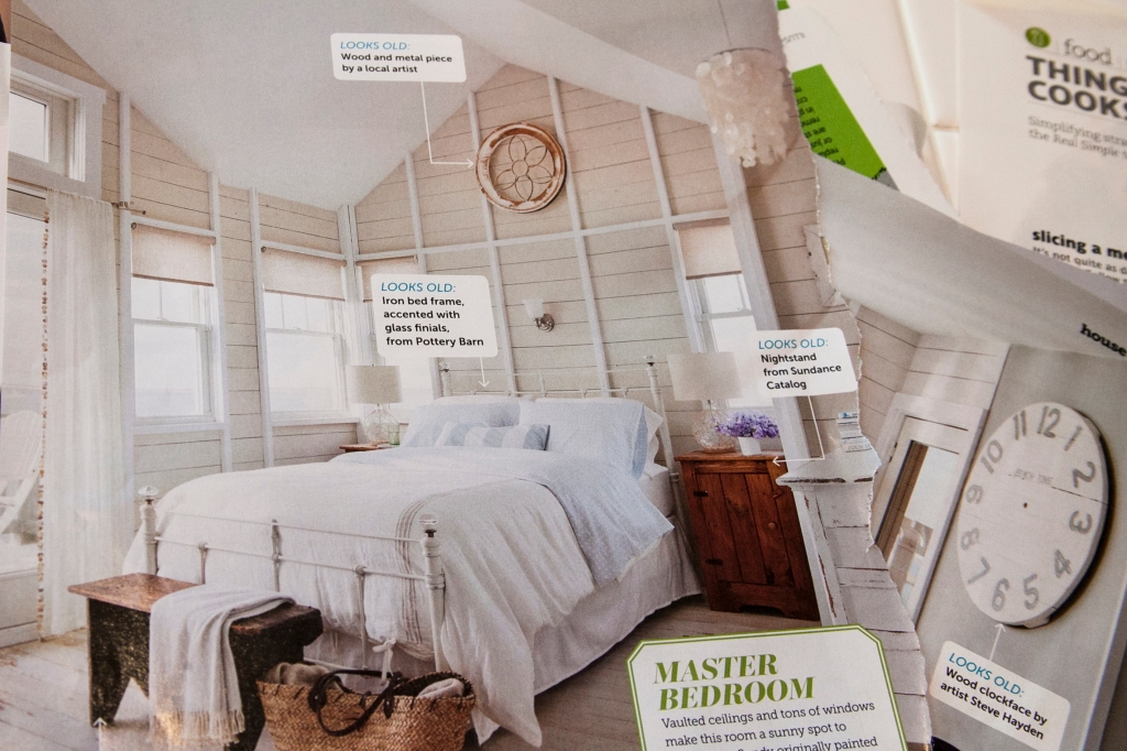 I really want to panel some of the walls in my house as a feature. I love the walls in this master bedroom. I'm totally going to do this.