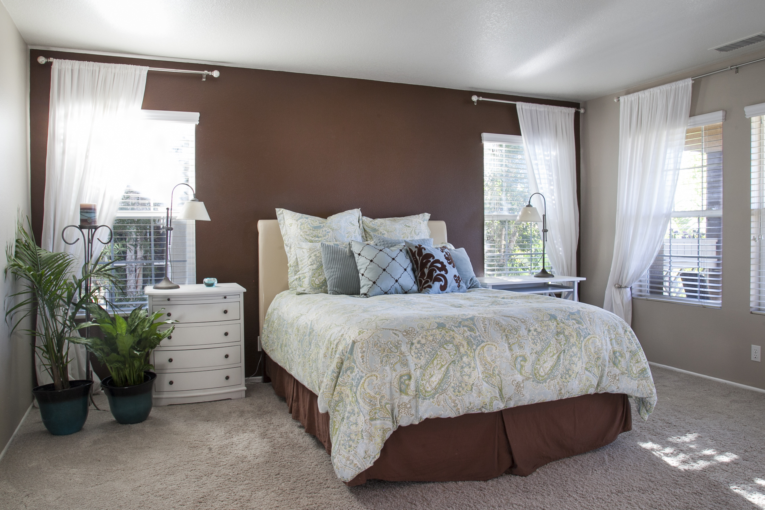 Painting Bedroom Walls Different Colors Marvelous Two Different Colored Walls Bedroom 10 How To Paint