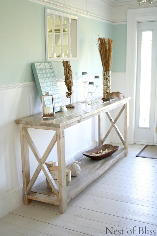 I love this space! It's time to live closer to the beach. As we plan to move and retire inland among the mountains and lakes, I feel like staying at the beach for a couple of years is just the perfect idea! http://www.brandisawyer.com/2014/06/summer-tour.html